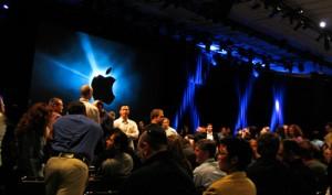 apple-keynote-pre-macblogz