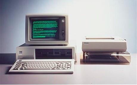 ibm-pc-150811 IBM yöneticisine göre PC'nin kaderi de daktilonunki gibi olacak