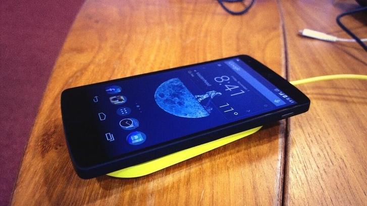 nexus-5-nokia-lumia-kablosuz-sarj-011113