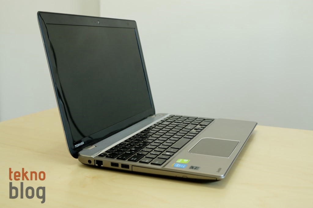 toshiba-satellite-p50-inceleme-00013