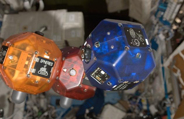 project-tango-uzay-istasyonu-spheres-080714