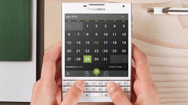 blackberry-passport-beyaz-260814