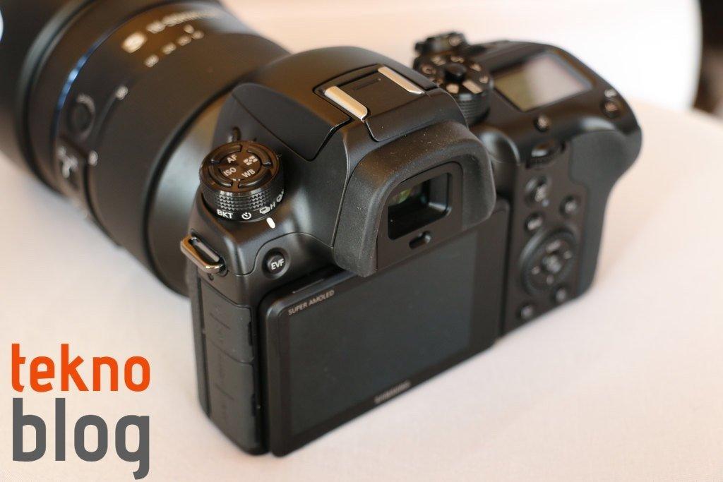 samsung-nx1-hizli-bakis-013