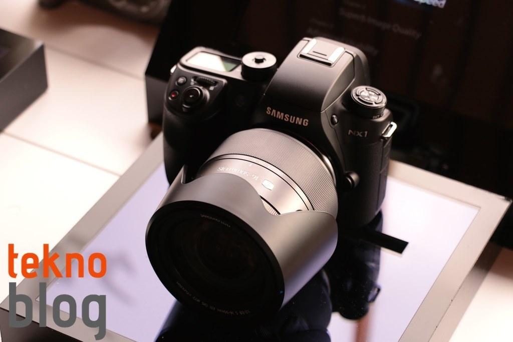 samsung-nx1-hizli-bakis-021