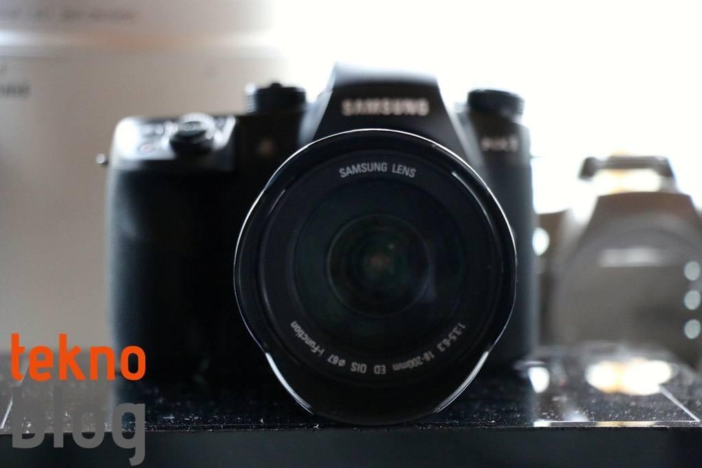 samsung-nx1-hizli-bakis-023