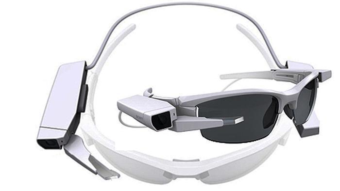 sony-smarteyeglass-attach-2-070115