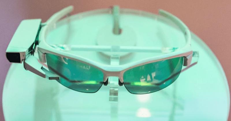 sony-smarteyeglass-attach-160215
