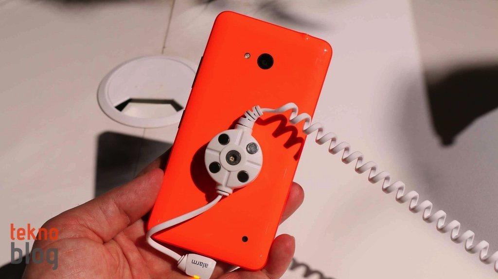 nokia-lumia-640-ve-lumia-640-xl-on-inceleme-10
