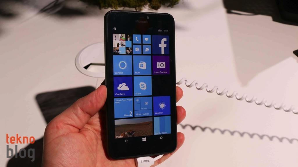 nokia-lumia-640-ve-lumia-640-xl-on-inceleme-17