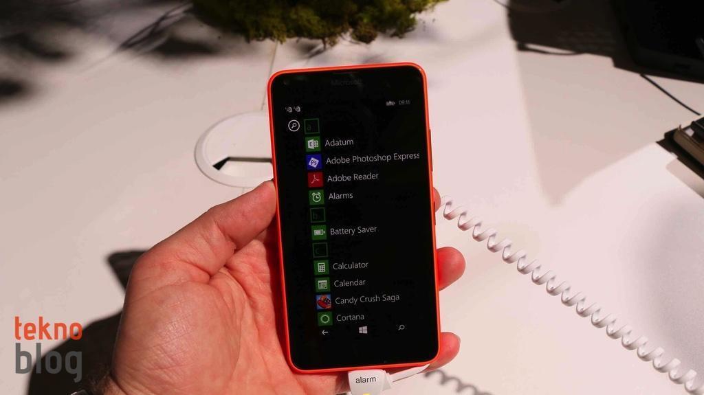nokia-lumia-640-ve-lumia-640-xl-on-inceleme-3