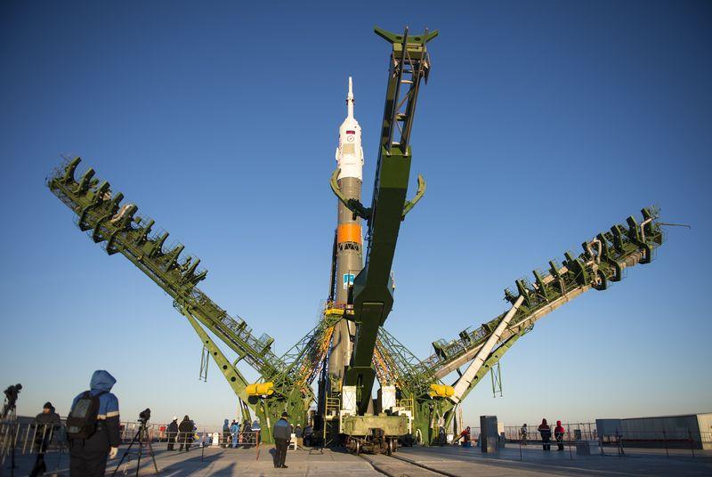 rusya-uzay-250315