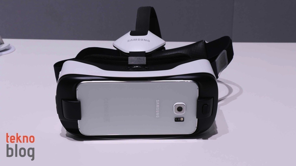 samsung-gear-vr-on-inceleme-3