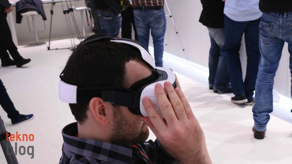 samsung-gear-vr-on-inceleme-9
