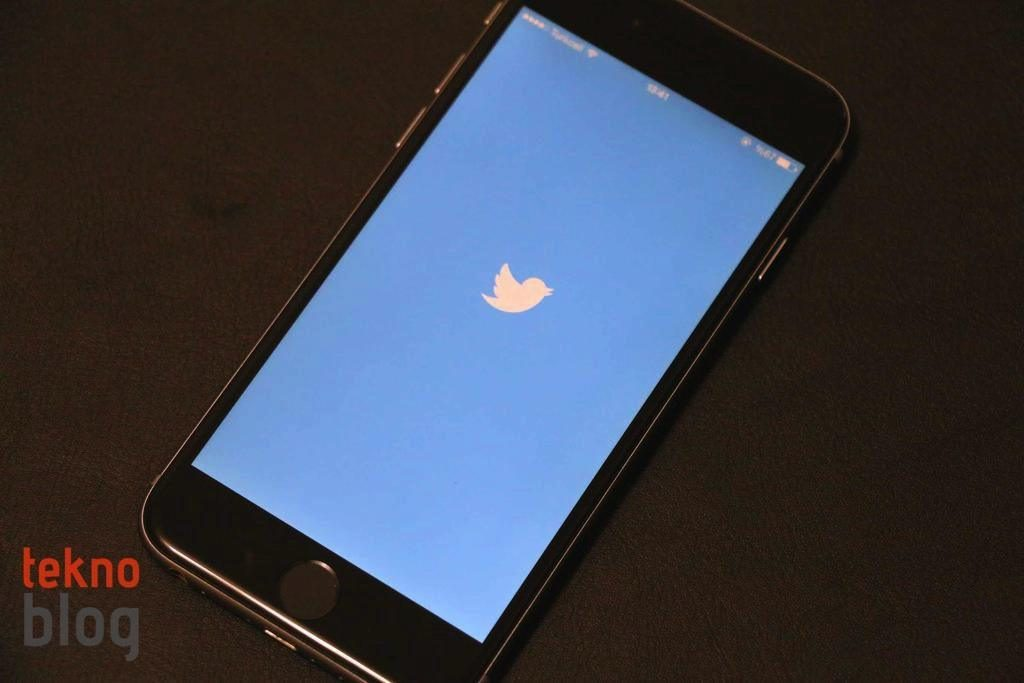 twitter-iphone-logo-230315