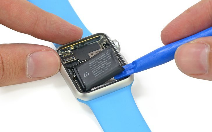 apple-watch-ifixit-250415-2