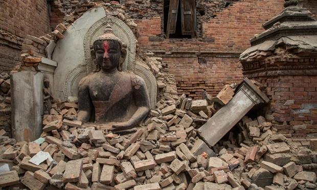 nepal-deprem-270415