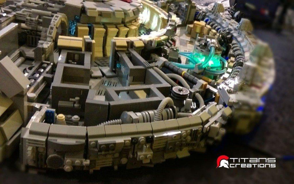 millennium-falcon-lego-130515-3