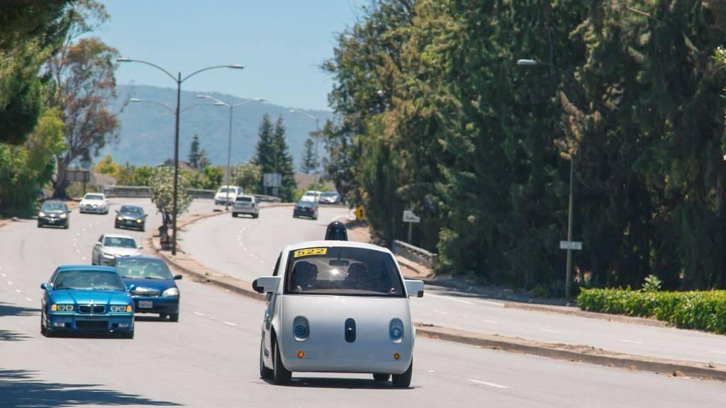 google surucusuz otomobil