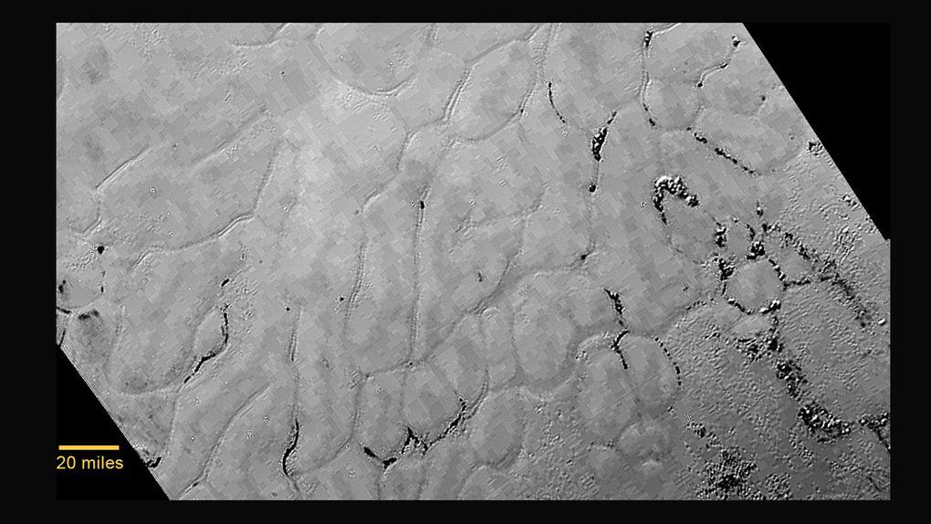 pluto-buzul-yuzey-200715