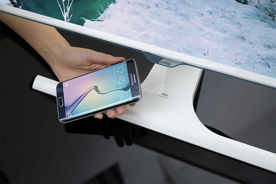 samsung-kablosuz-sarj-monitor-270715