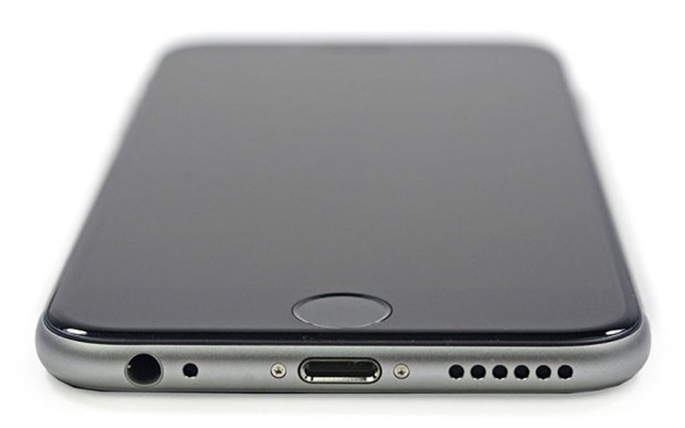 iphone-6-yakit-pili-240815