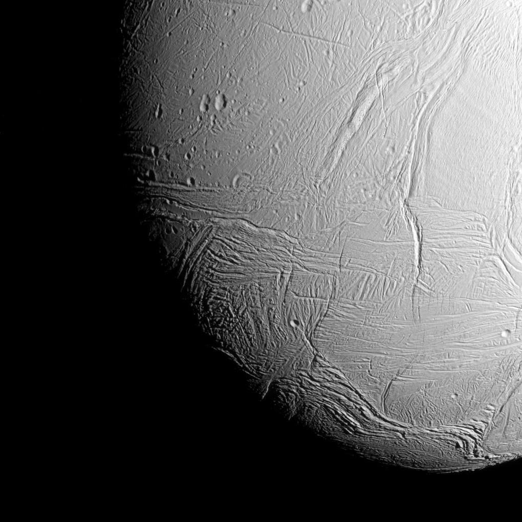 nasa-cassini-saturn-enceladus-021115