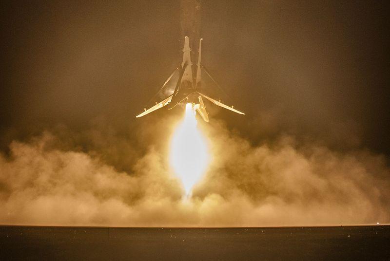 spacex-falcon-9-221215-1