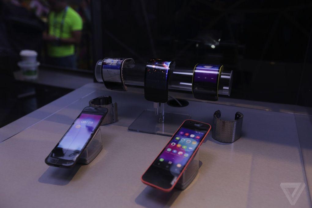 lenovo bukulebilir telefon