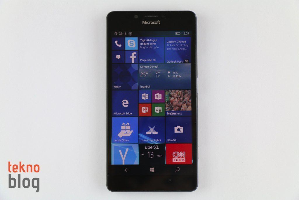 windows 10 mobile yıldonumu guncellemesi