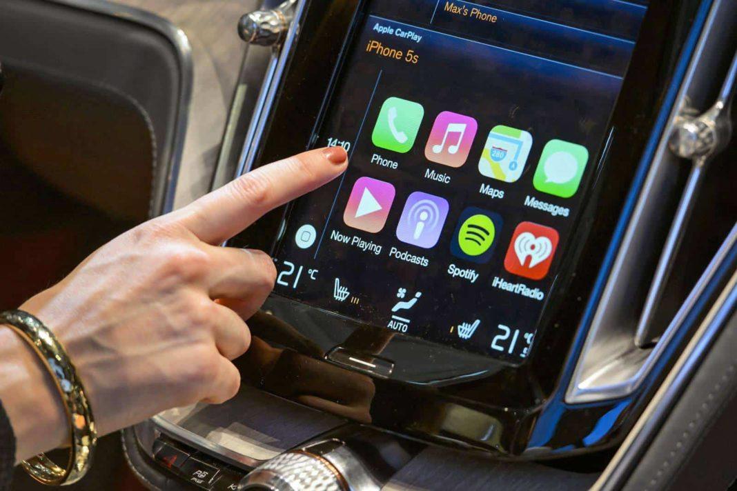 apple carplay sürücüsüz otomobil