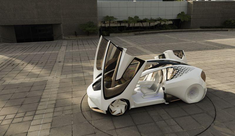 toyota-concept-i-050117-3