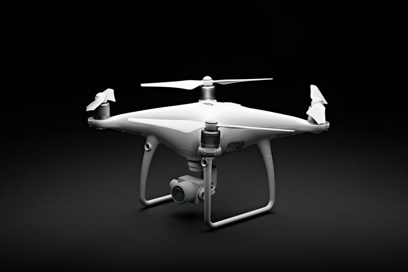 dji-phantom-4-advanced-plus-140417-2
