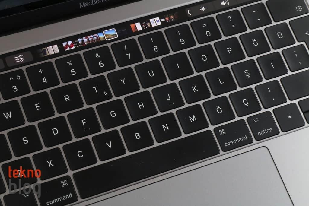 apple macbook klavye