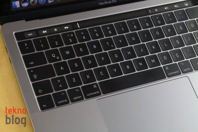 macbook pro klavye