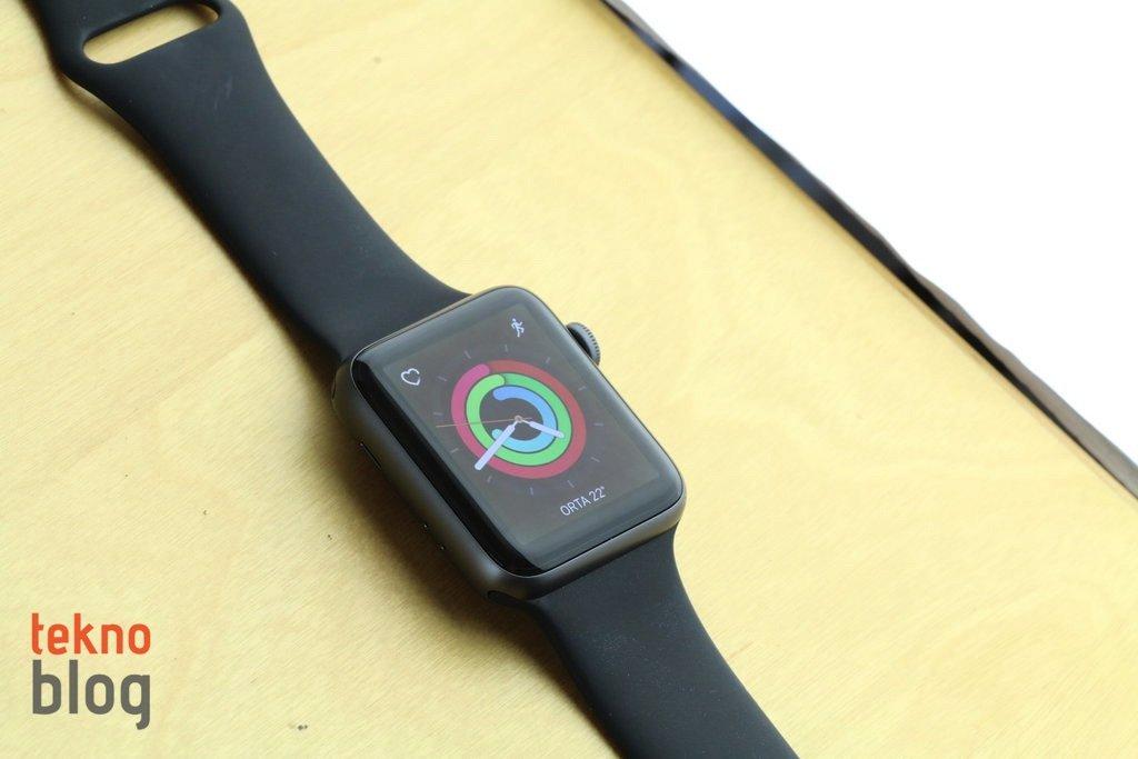 Apple Watch en çok satan giyilebilir ürün olmaya devam ediyor