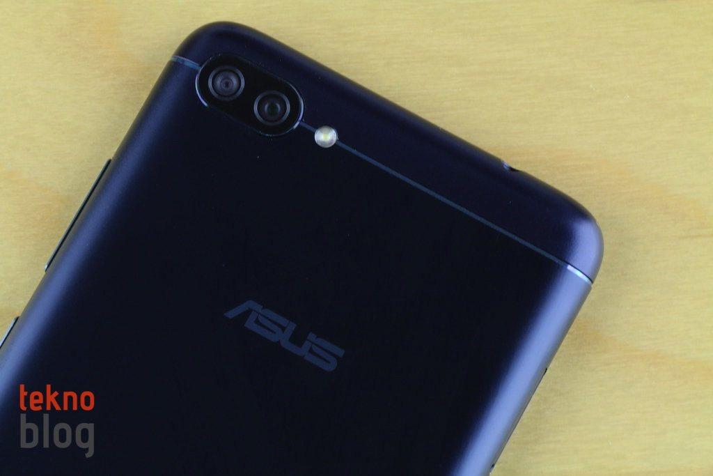 Asus yeni yazılım anlayışının sinyalini Android Pie'ın beta sürümüyle veriyor