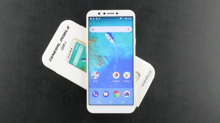 Video: General Mobile GM 8 Android One Kutusundan Çıkıyor