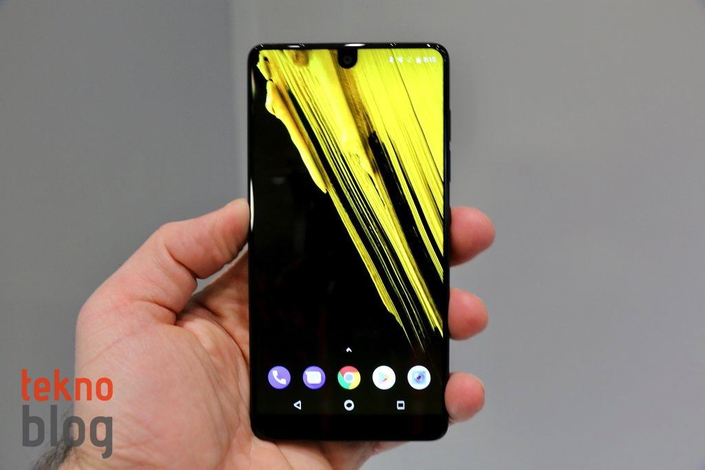 essential phone android 10 nothing