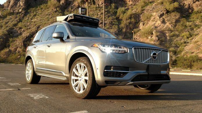 uber surucusuz araç otomobil