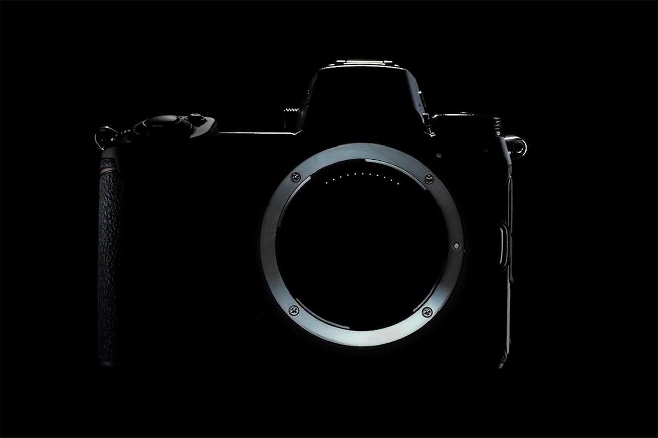 nikon full-frame aynasız kamera