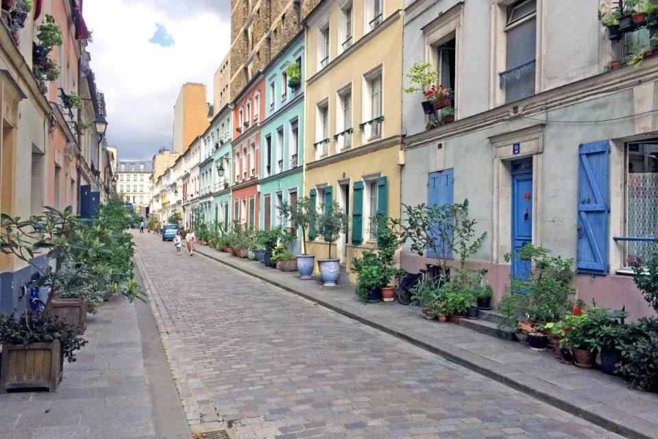 Instagram kullanıcılarının ilgisi Parislileri bezdirdi