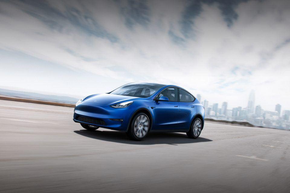 Tesla Model Y tanıtıldı, 2020'de yollara çıkacak