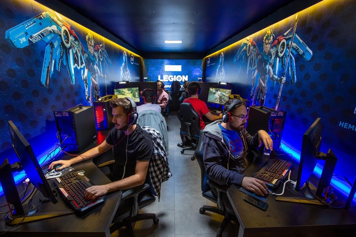 lenovo gaming tour