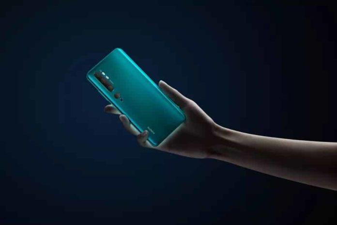 Xiaomi Mi Note 10 duyuruldu: CC9 Pro dünyaya bu isimle açılıyor