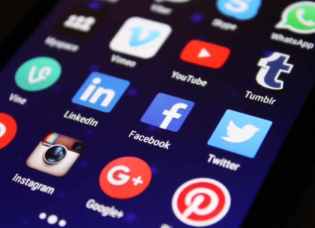 Sosyal medya düzenlemesi ile ilgili yasa tasarısı meclise geldi