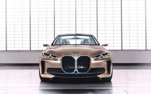 BMW'den i4'ü temel alacak M serisi elektrikli spor otomobil gelecek