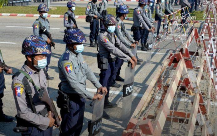 myanmar darbe protestoları